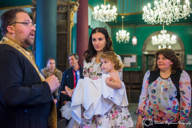 2016-10-15-christening-viktoria-web-145