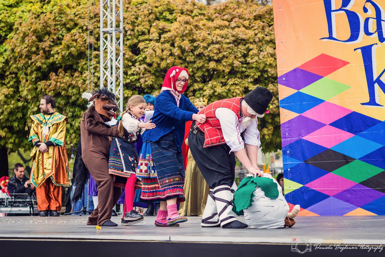 2017-04-29 Varnenski karnaval WEB-77