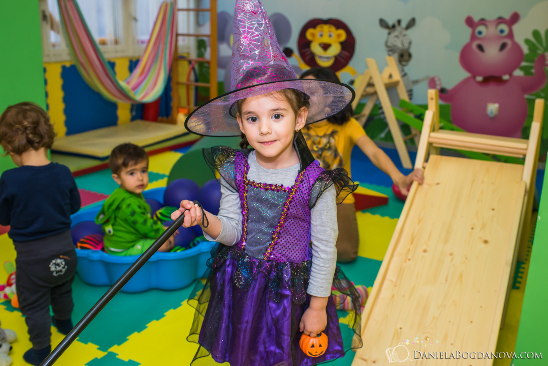 2018-10-28 Halloween Party Kindyroo WEB-114