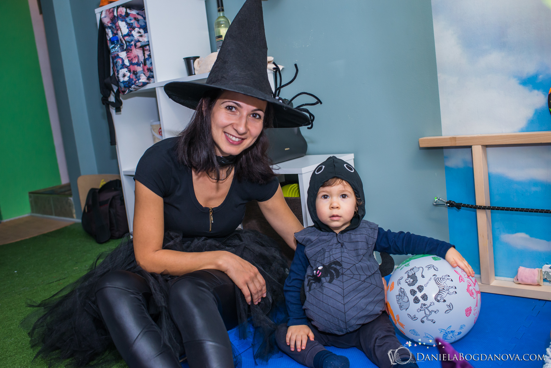 2018-10-28 Halloween Party Kindyroo WEB-60